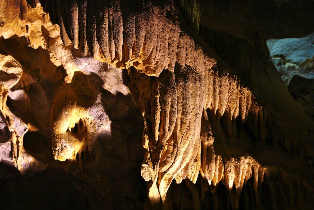 Agio Gala Cave