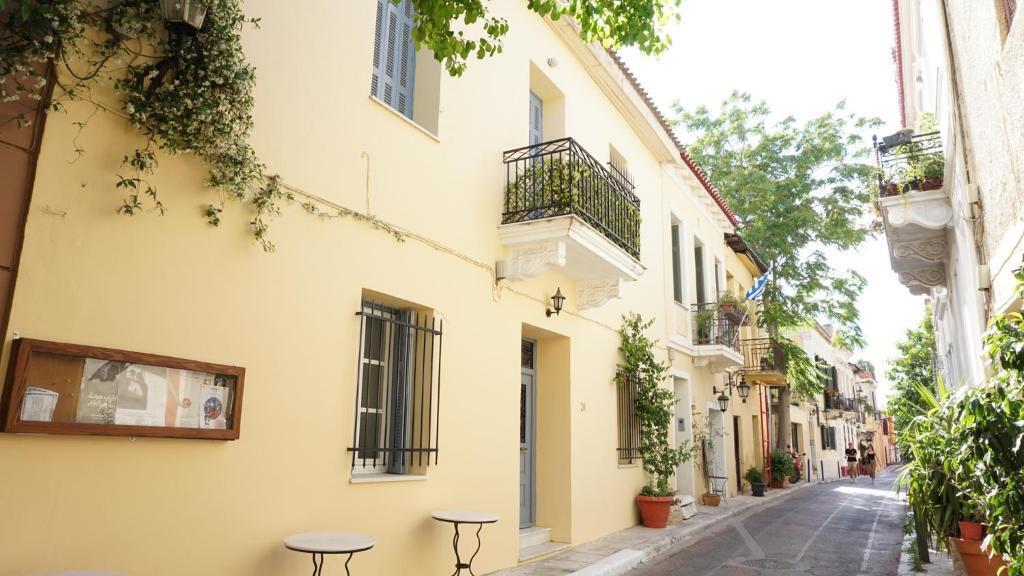Athenian Niche