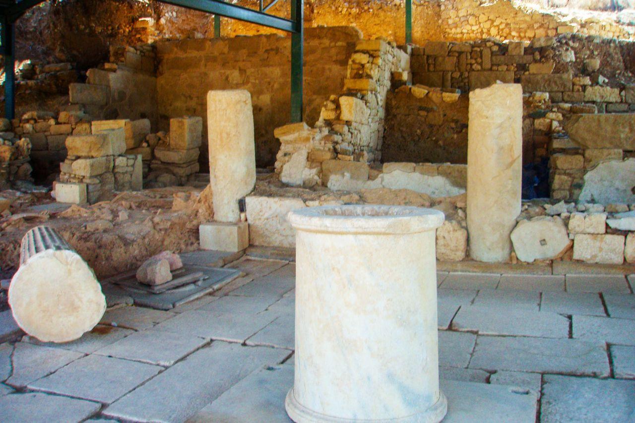 Ancient Acanthus