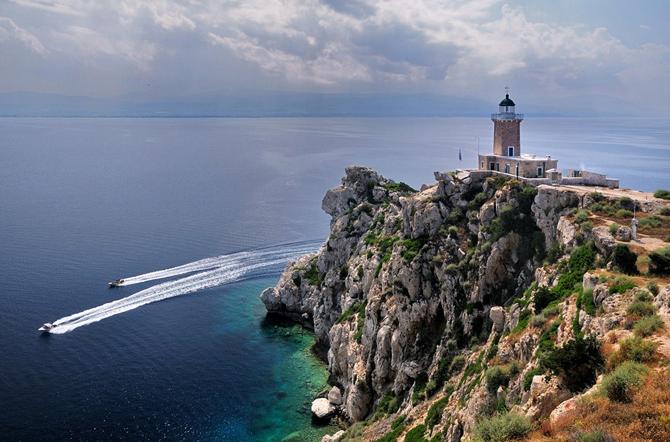 Melagkavi Lighthouse