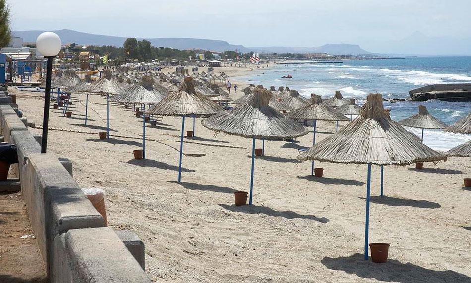 Anissaras Beach