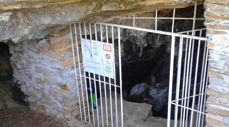 Foros Cave