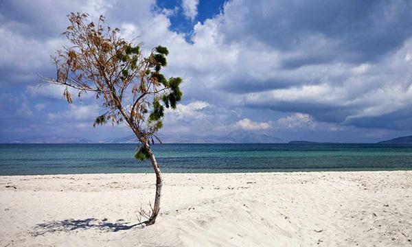 Tigaki beach