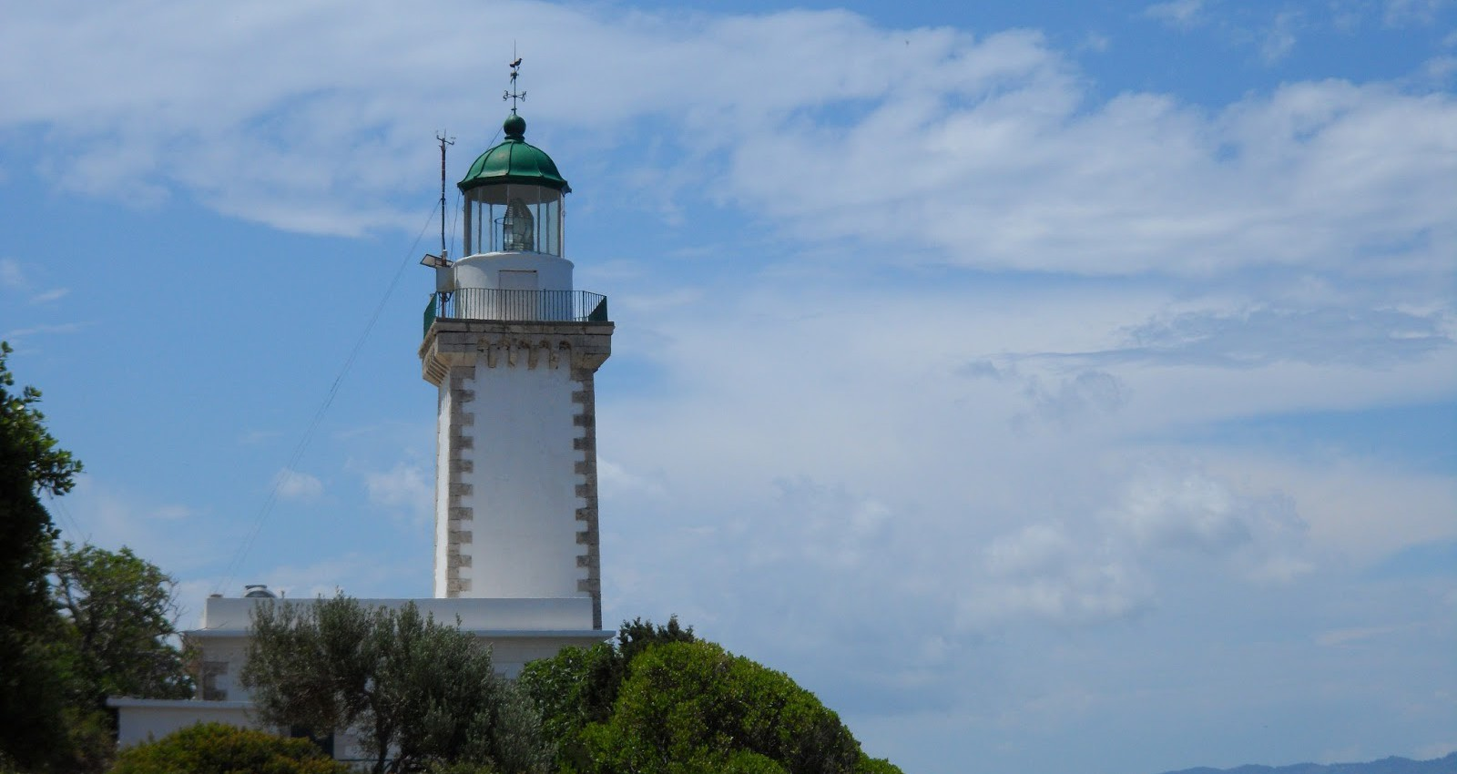 Gourouni Lighthouse