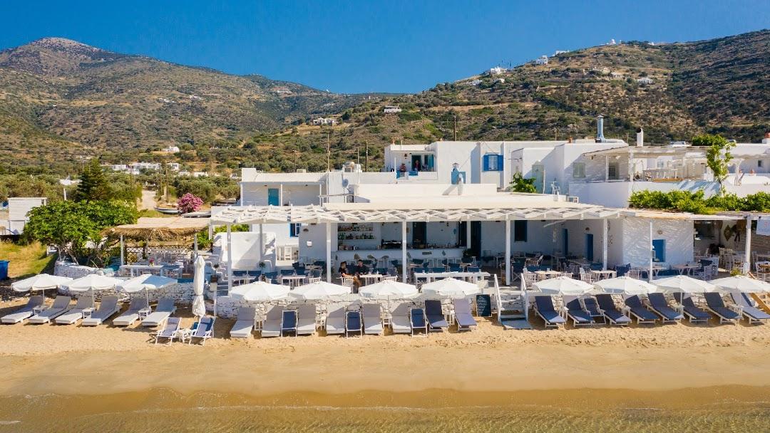 Yalos Seaside