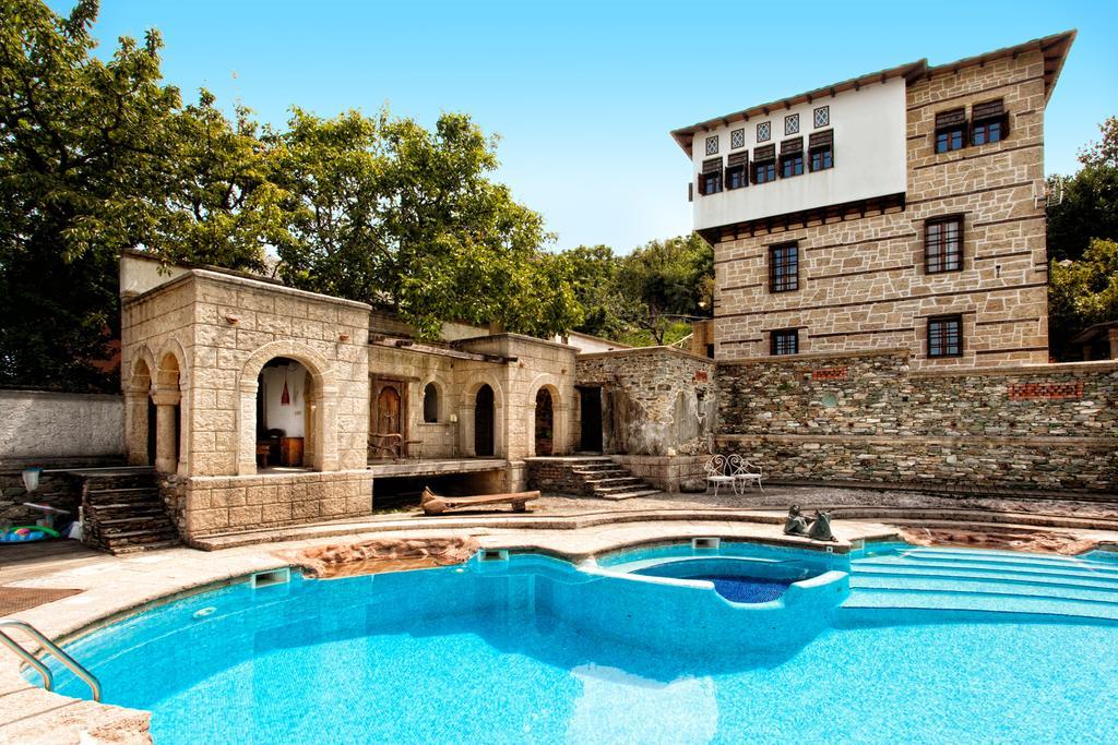 Chateau Cascara